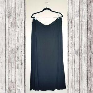 Ava & Viv Basic black maxi skirt